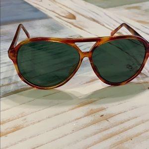 Other - Vintage men's green lens sunglasses